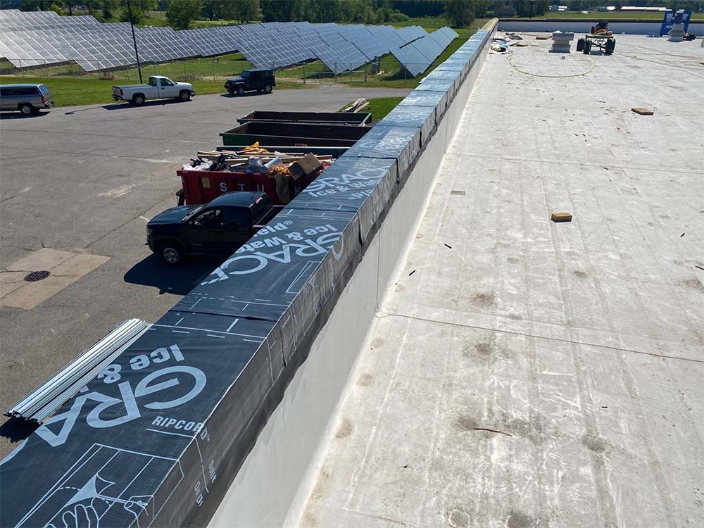Wolf_Commercial_Roofing_Project_Gallery_Sheet_Metal_May2021_0000_Wawasee Coping