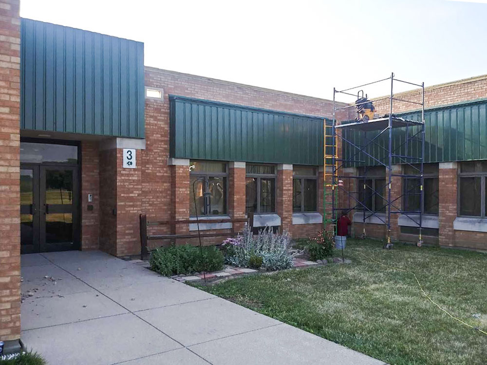 Wolf_Commercial_Roofing_Project_Gallery_Sheet_Metal_May2021_0001a_Wawasee-Sheet-Metal