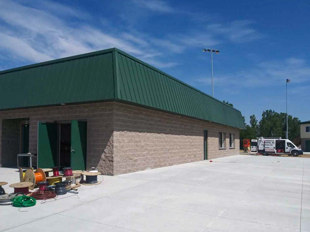 Wolf_Commercial_Roofing_Project_Gallery_Sheet_Metal_May2021_0002_Wawasee Sheet Metal